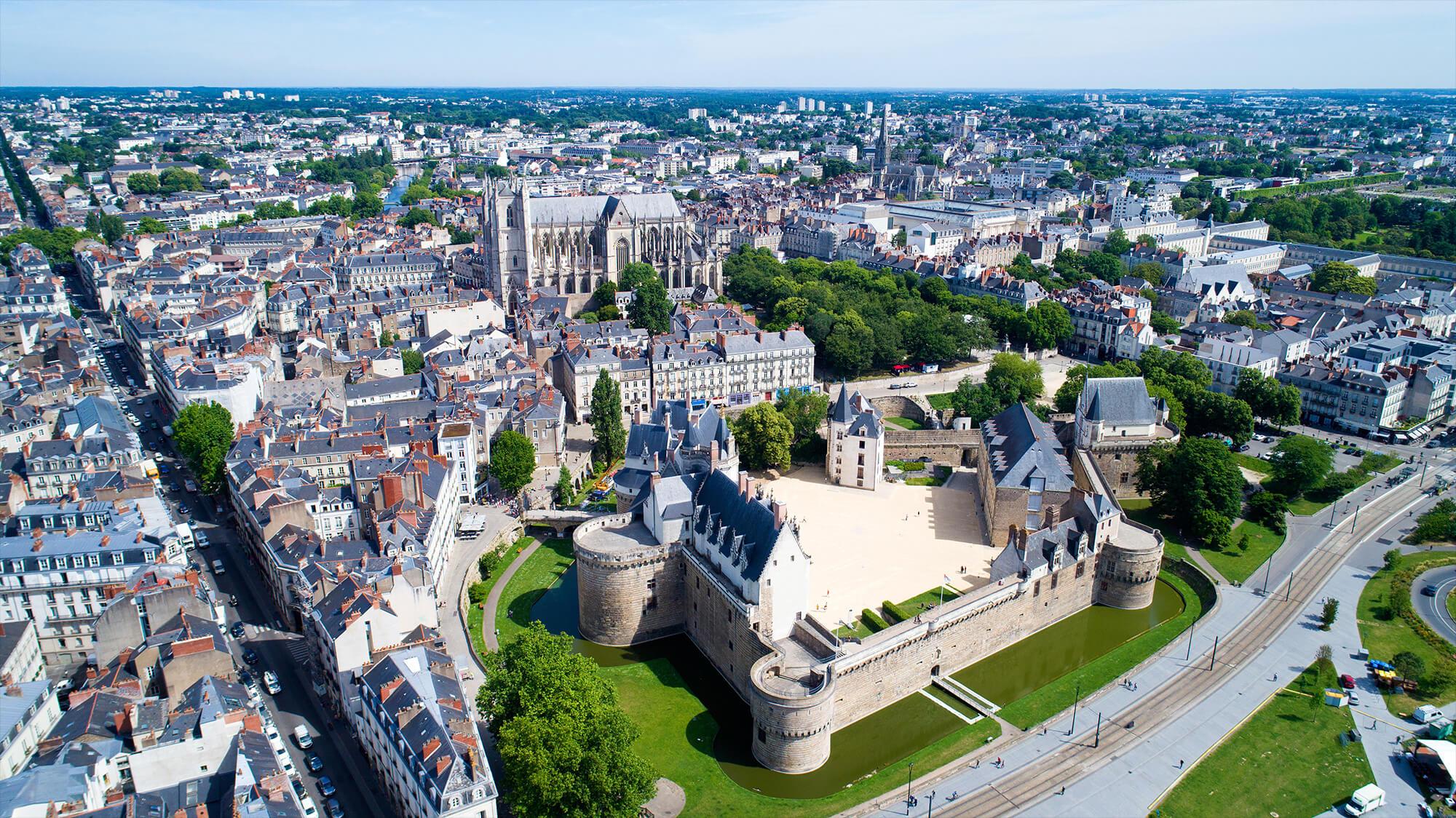 La Loi Pinel. ville de Nantes, le jour