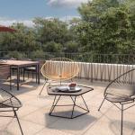 pinel-terrasse meublé espaces verts ciel bleu